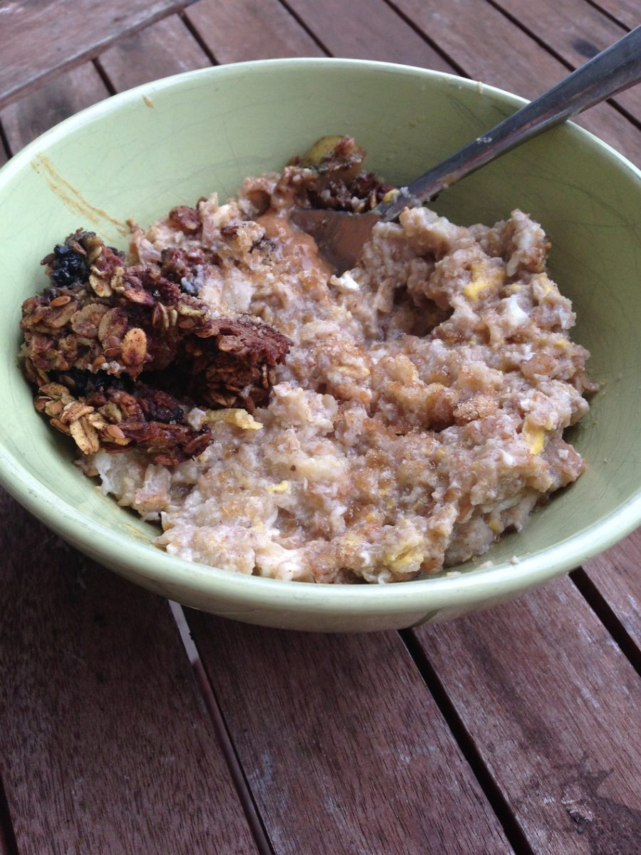 Breakfast: Oatmeal with egg whites, banana and a pinch of cinnamon sugar topped with a cocoa oatmeal bar