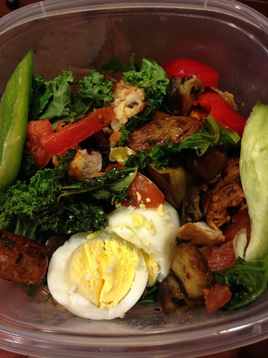 salad with egg chicken