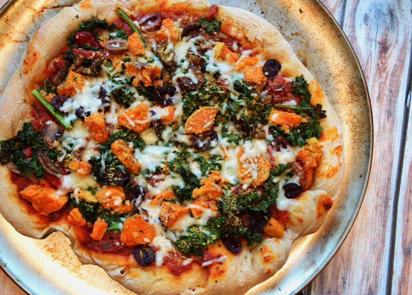 Sweet-Potato-Kale-Pizza-Overhead