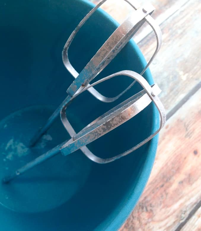 Mixing bowl with mixers from freezer