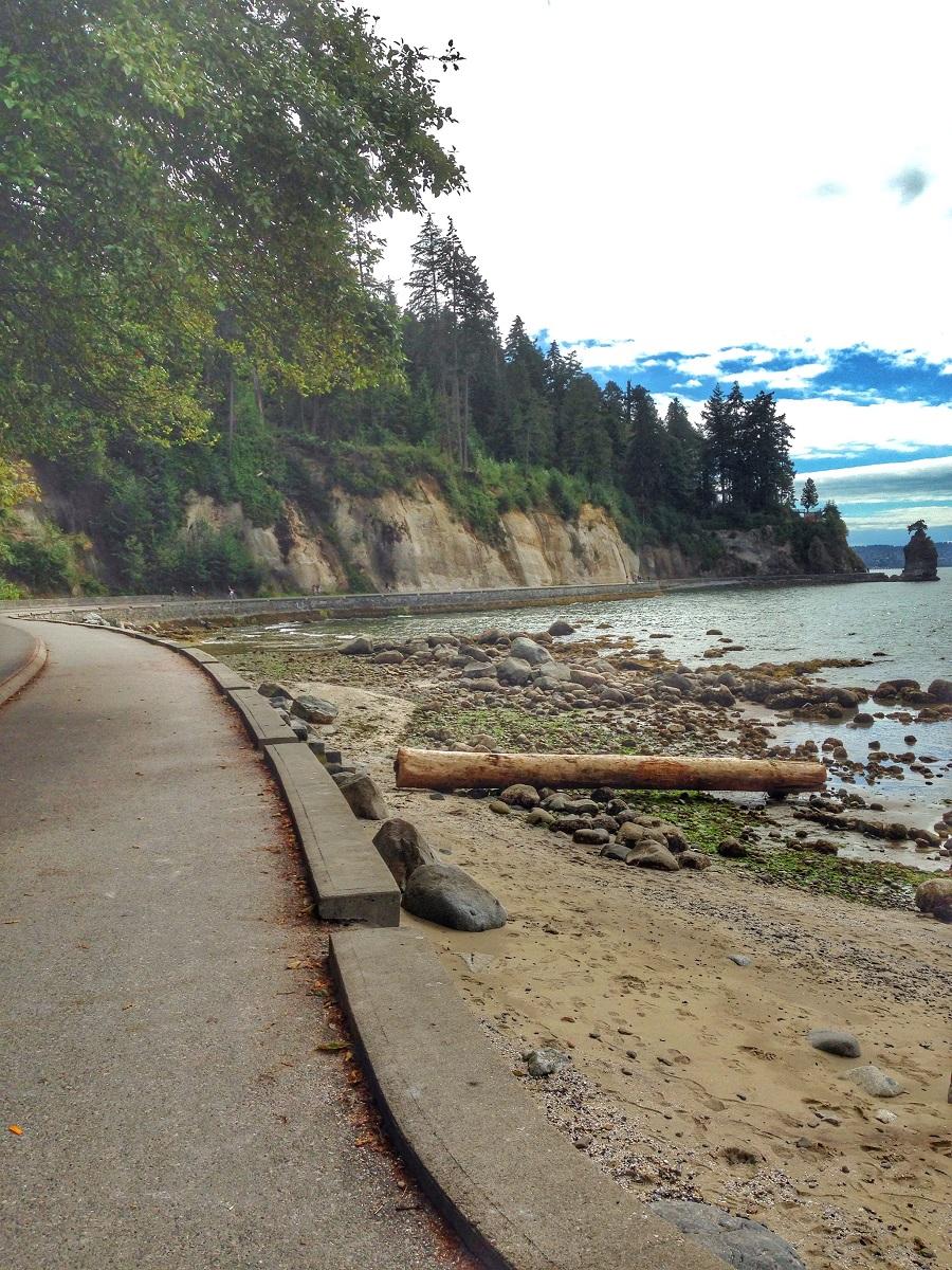 Vancouver Seawall running path