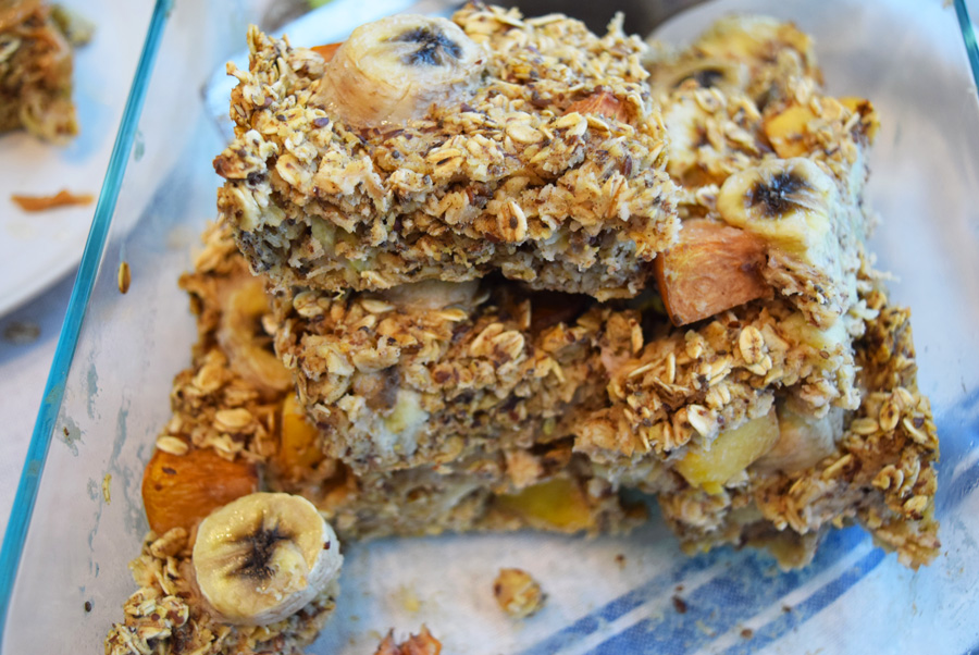 baked oatmeal, breakfast bake, banana peach oatmeal, what i've been cooking lately