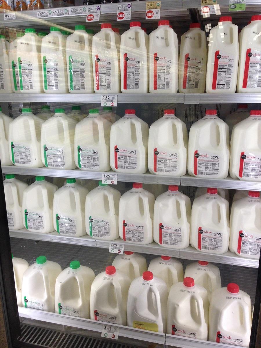 cows milk, comparing milks