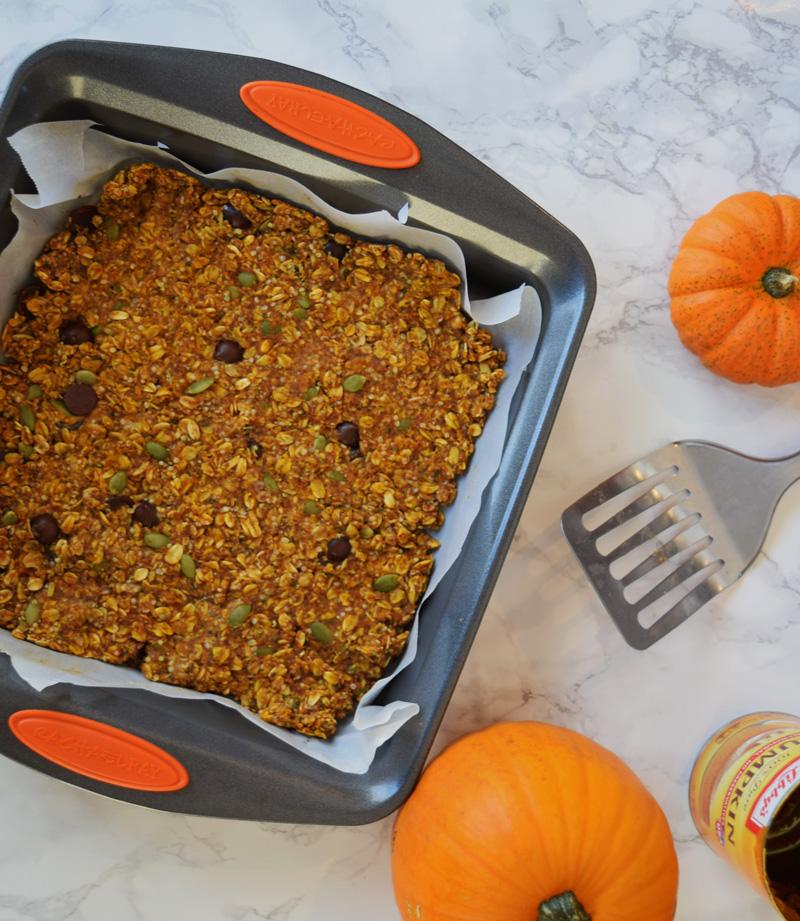 Chewy Pumpkin Hemp Granola Bars