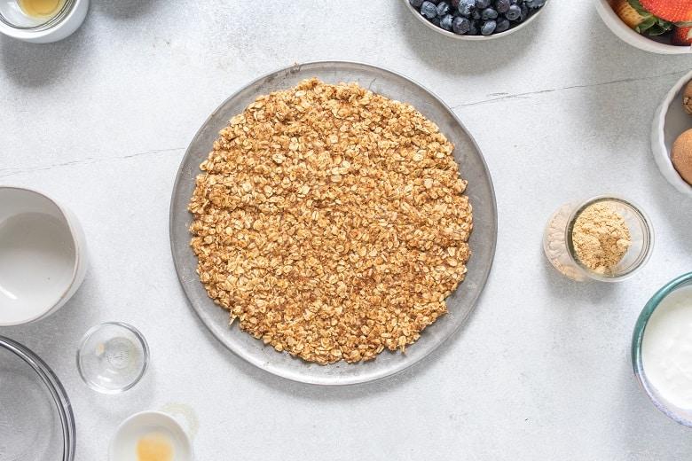 gluten free fruit pizza with almond flour crust | Bucket List Tummy