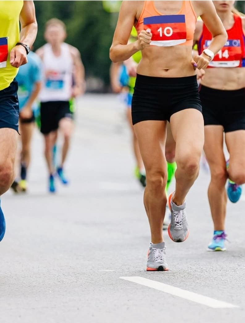 bottom half of runners in a road race