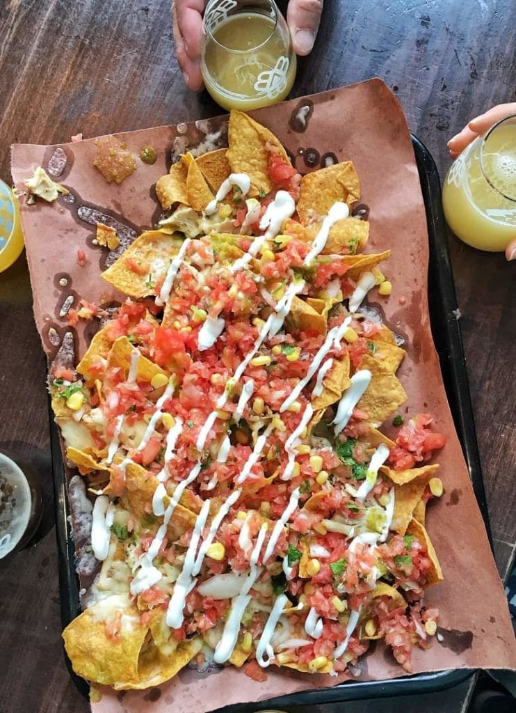 Nachos with con cheese and sauce