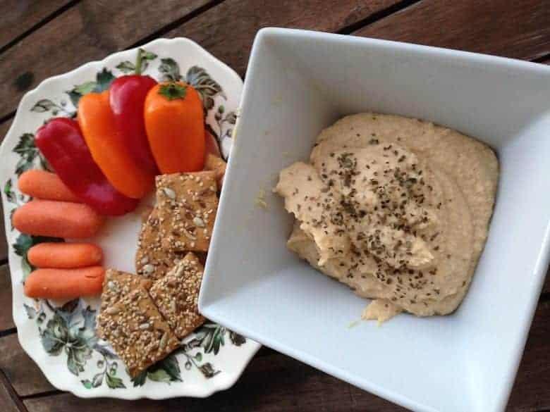 Homemade hummus with veggies