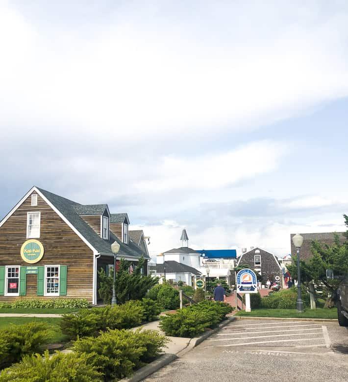 Shopping in Montauk Harbor