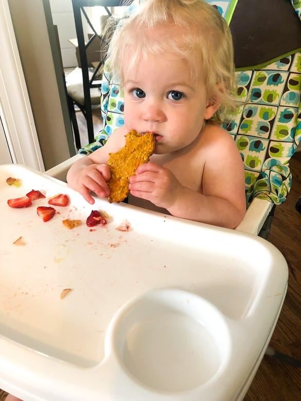 baby eating sweet potato pizza crust | Bucket List Tummy