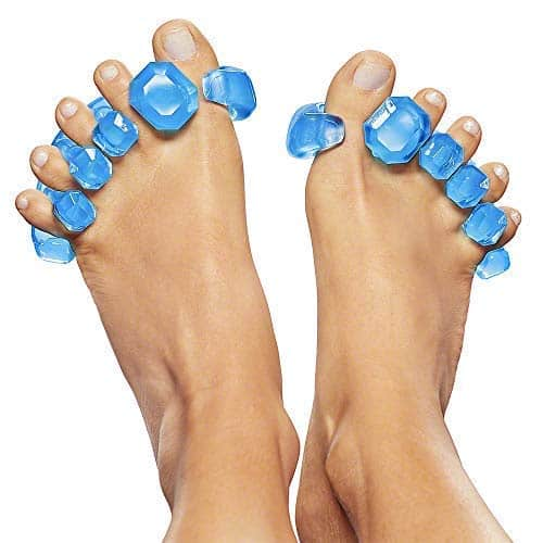 Soft tissue release tool on toes of runner