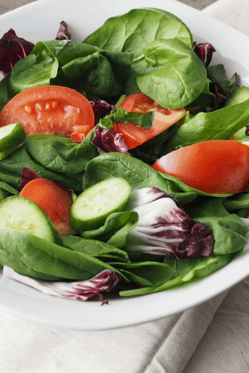 Small green salad to compensate after cheat meal | Bucket List Tummy