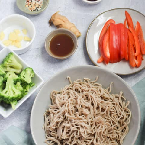ingredients needed for egg noodle stir fry with chicken