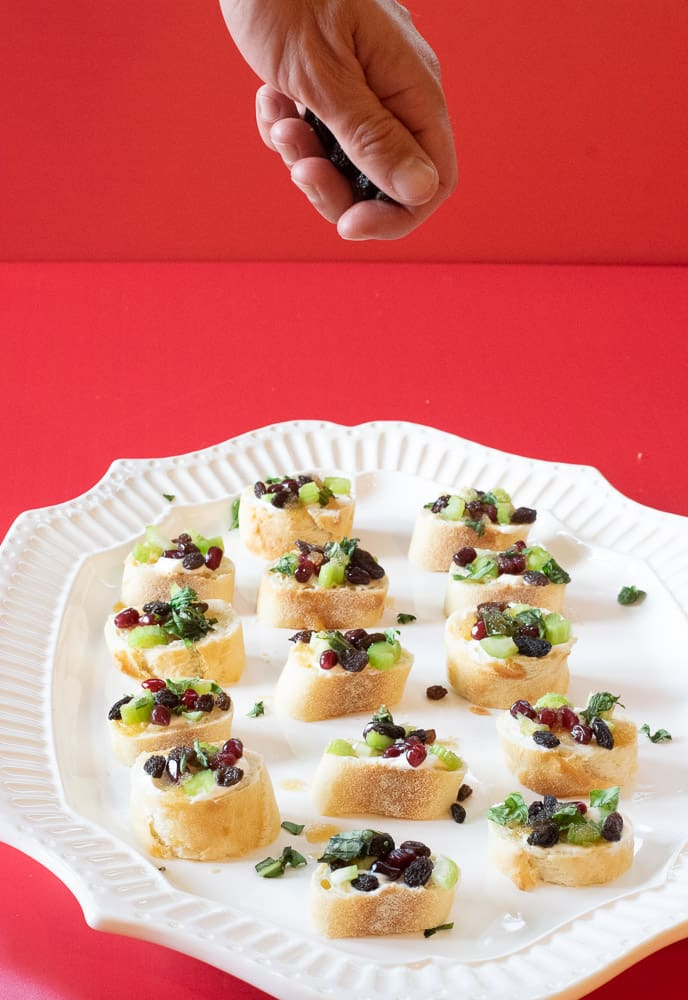 easy holiday fruit bruschetta